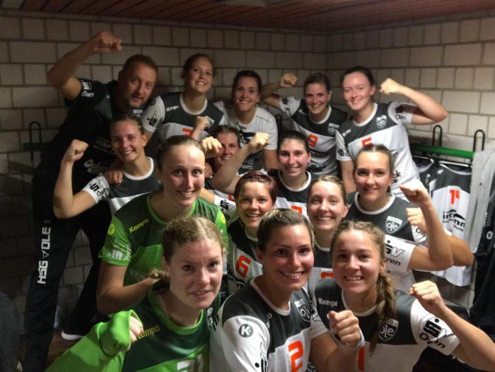 Siegerselfie der 1. Frauenmannschaft der HSG-OLE beim 29:26-Heimsieg gegen den SV Vaihingen