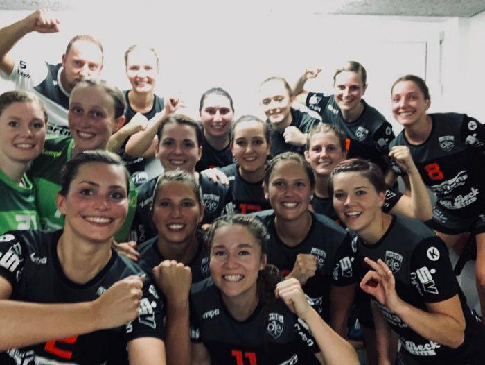Siegerselfie der 1. Frauenmannschaft der HSG-OLE beim 20:29-Auswärtssieg gegen den HC Wernau
